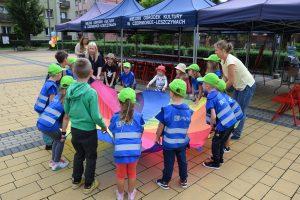 Wakacje z MOK-iem 2021 - Orientuj Się! - gry i zabawy dla dzieci
